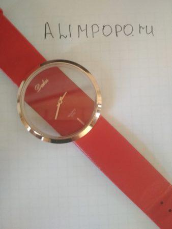 Красные часы Далас с Али для женщин