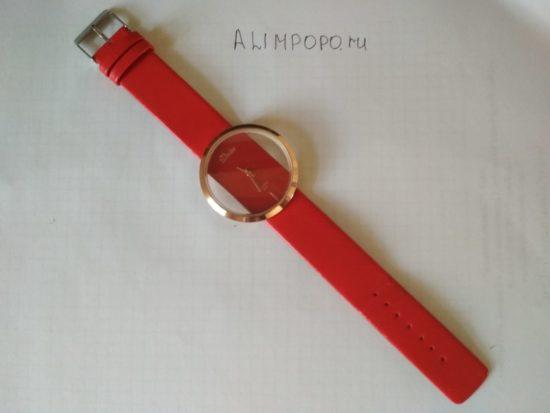 Часы женские представительного класса и очень стильного красного цвета с Алиэкспресс